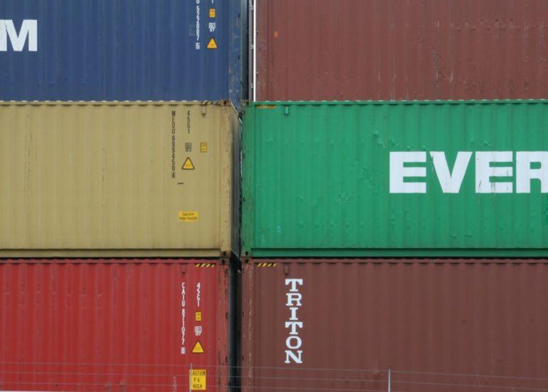 Containerterminal Alphen aan den Rijn met Evergreen containers